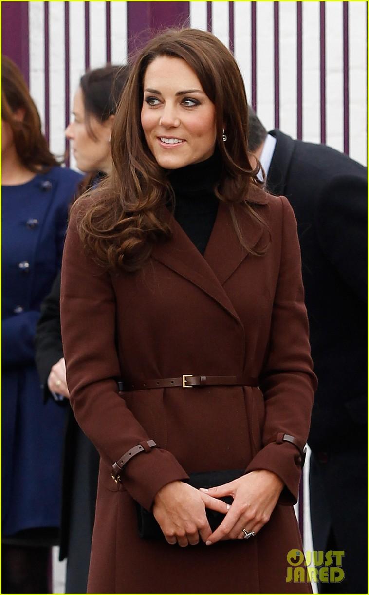 catherine duchess liverpool visit 022628845