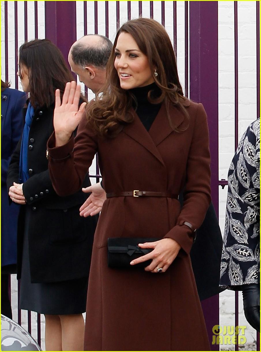 catherine duchess liverpool visit 102628853