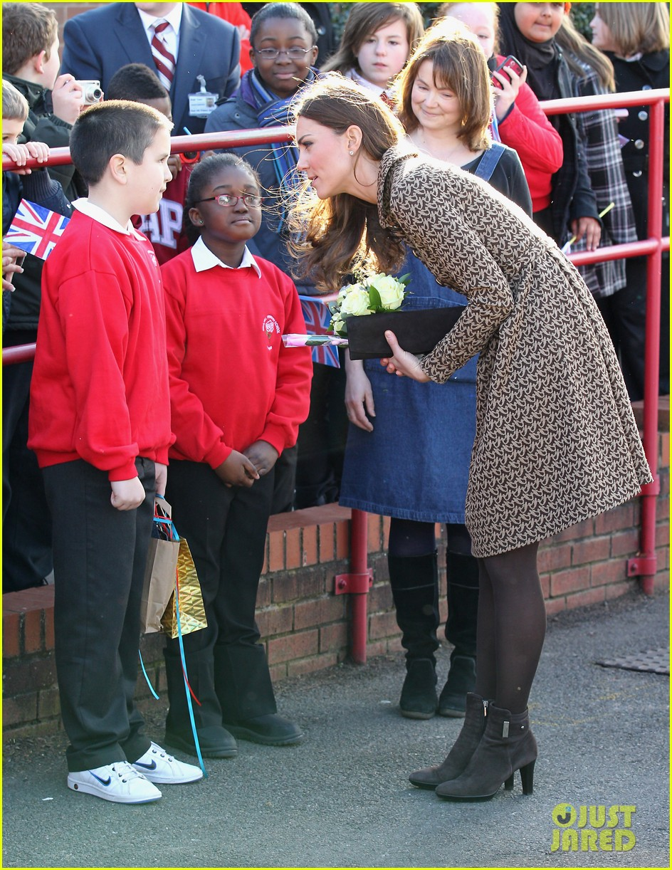 duchess kate rose hill primary school 132631446
