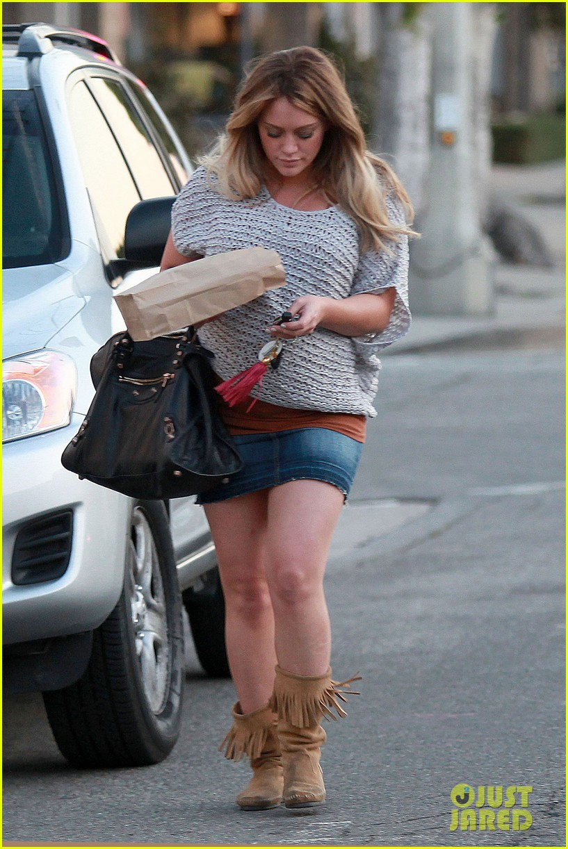 hilary duff mike comrie retires 05