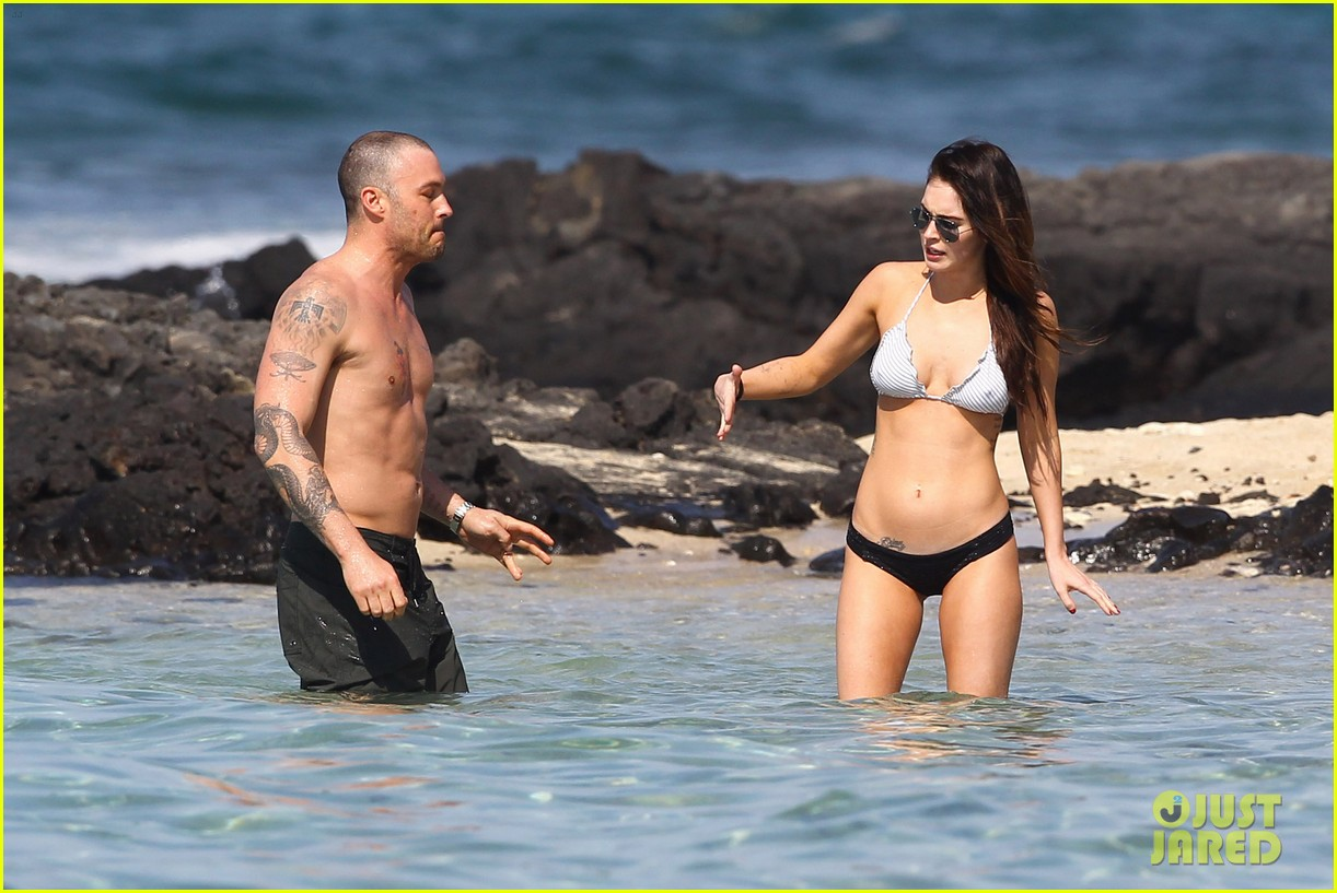 megan fox bikini brian austin green shirtless kona hawaii 012631482