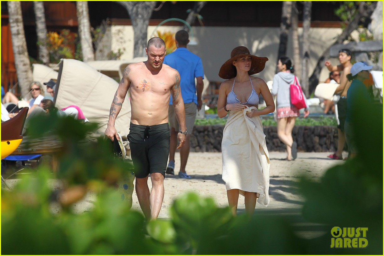 megan fox bikini brian austin green shirtless kona hawaii 03