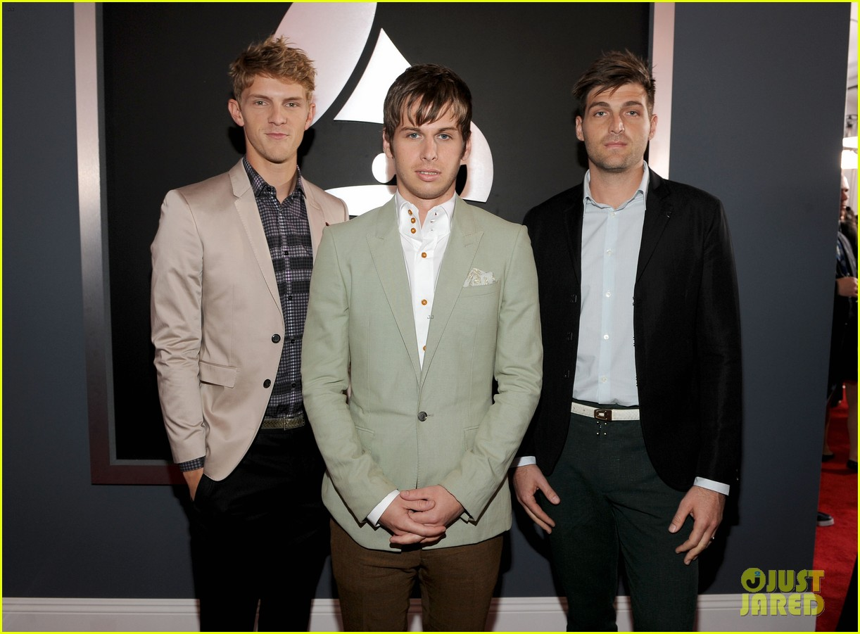 foster the people grammys 2012 red carpet 052628146