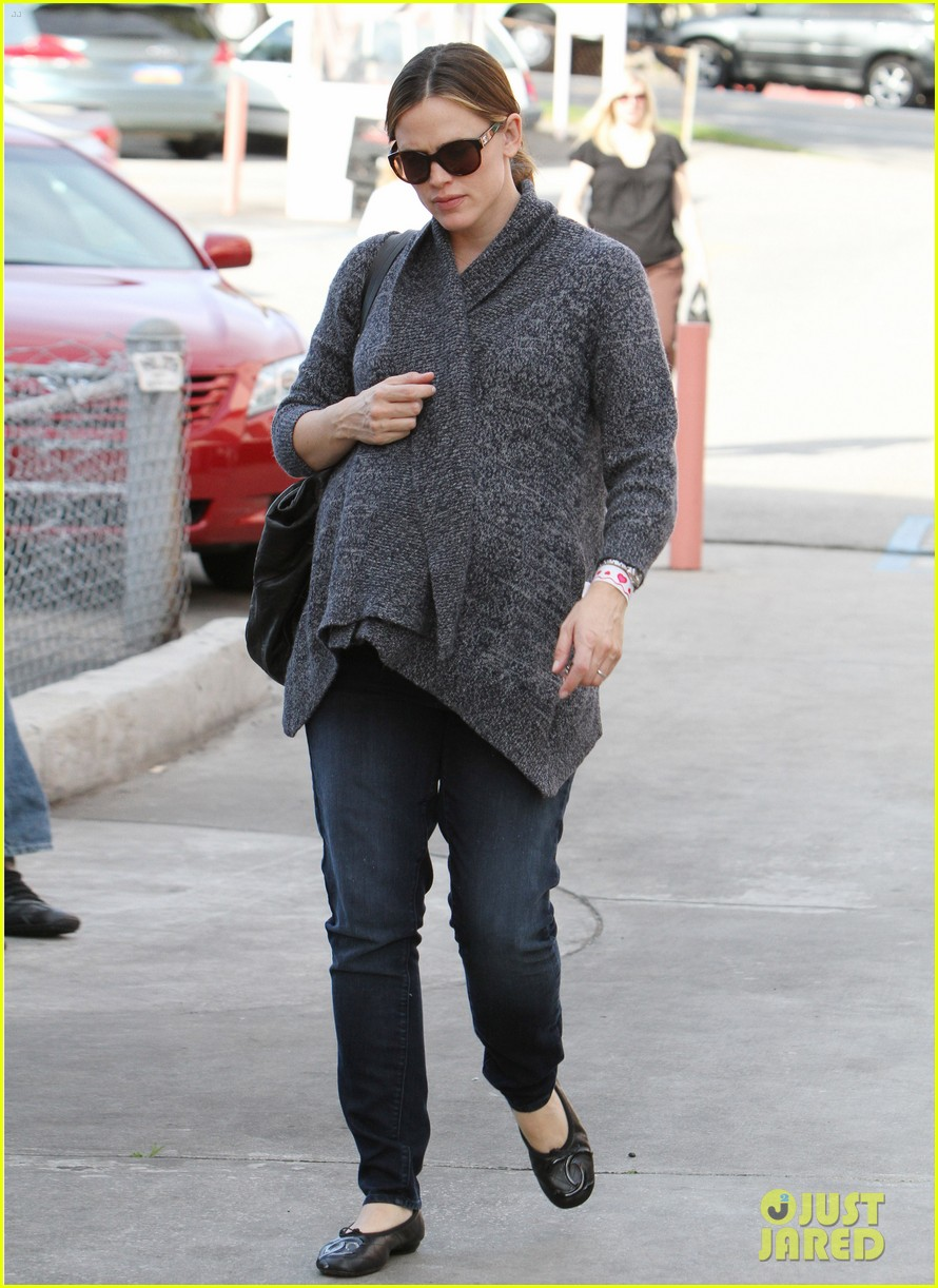 jennifer garner errands 212624548