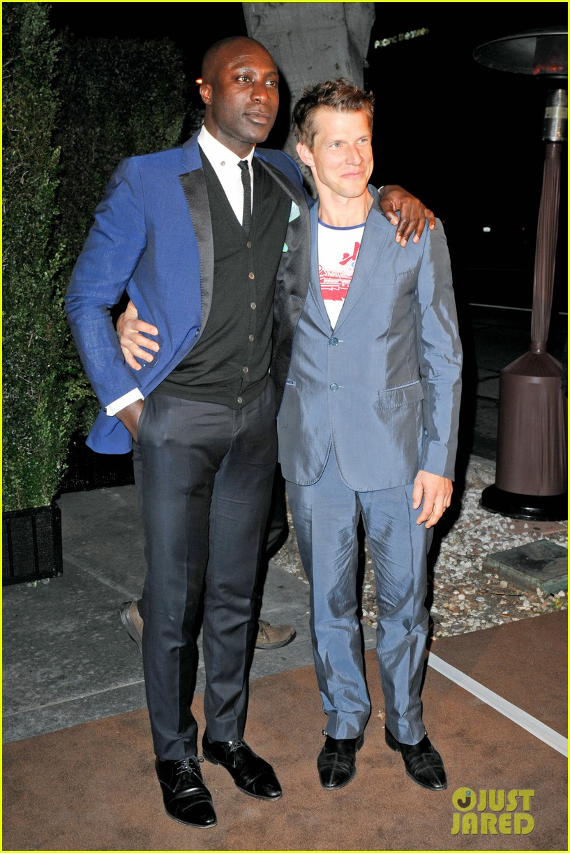 gaspard ulliel chanel pre oscar party zachary quinto 05