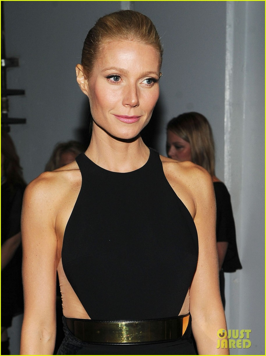 gwyneth paltrow grammy awards 2012 02