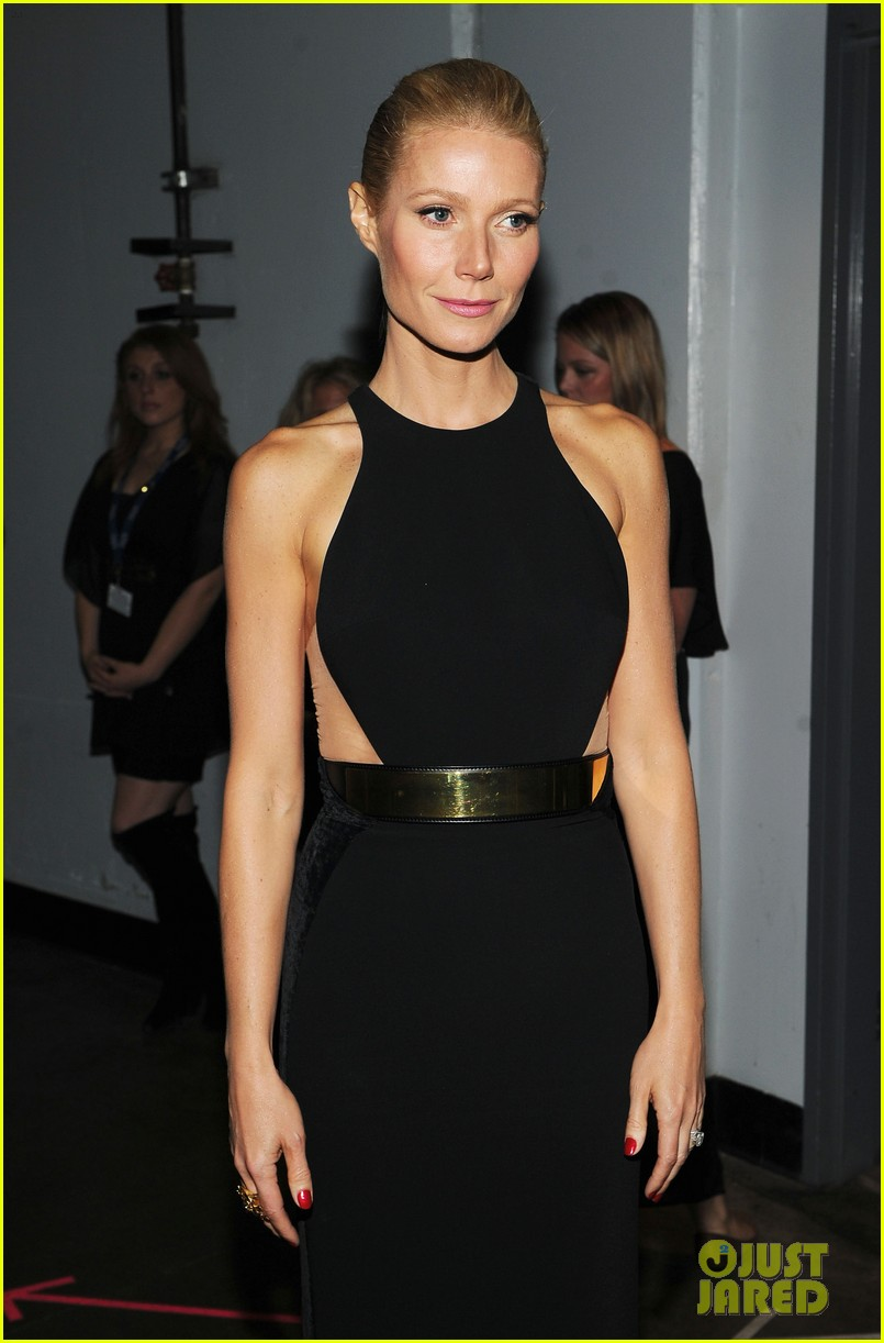gwyneth paltrow grammy awards 2012 032628337