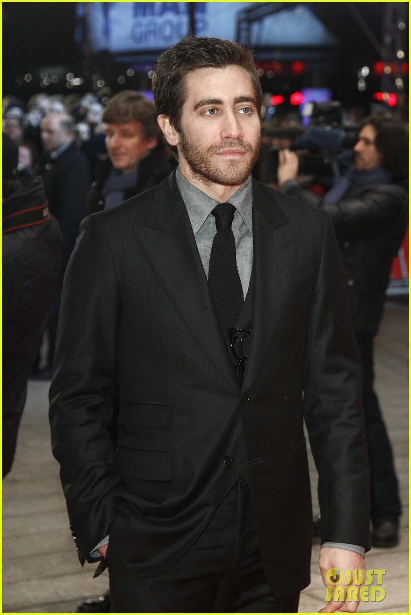 jake gyllenhaal berlin film festival closing ceremony 03