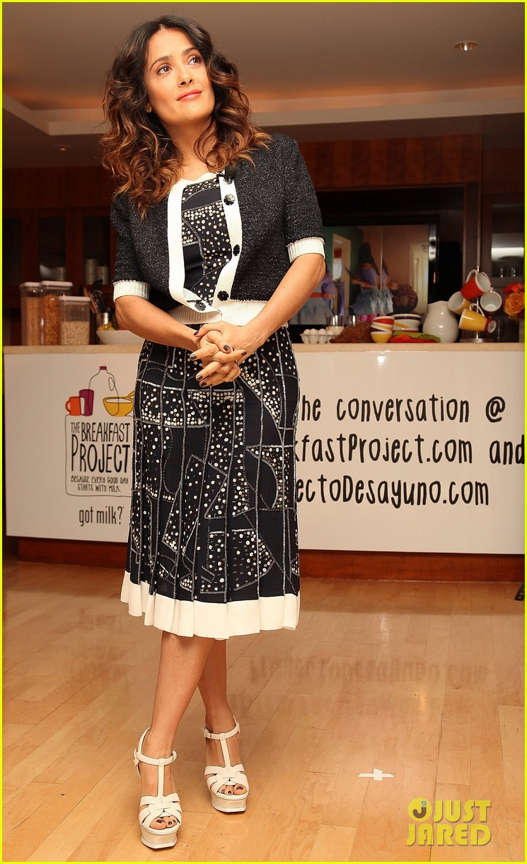 salma hayek breakfast project 082632717