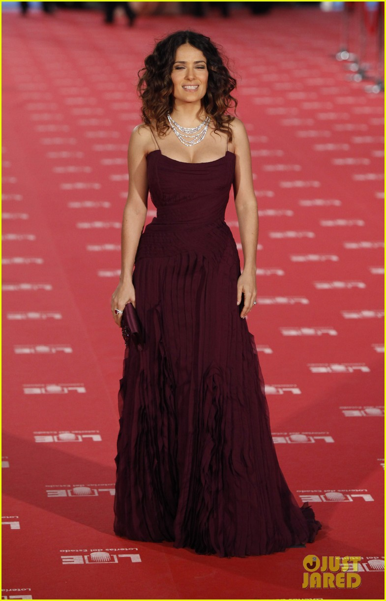 salma hayek goya awards 06