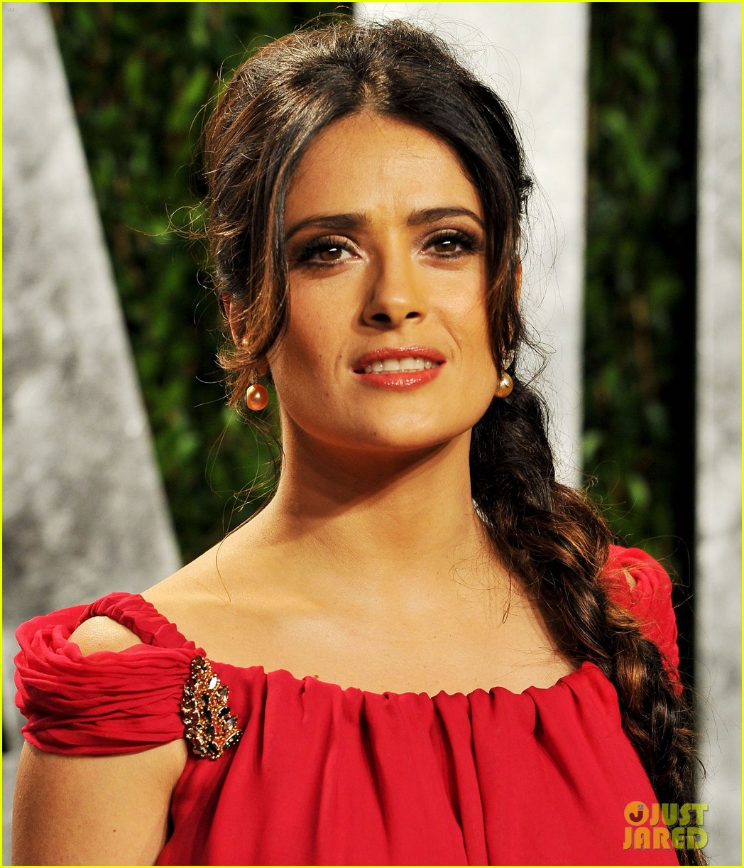 salma hayek vanity fair party 042634089