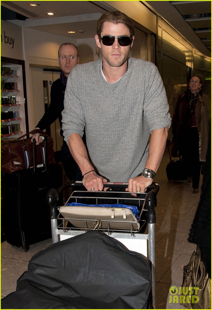 chris hemsworth elsa pataky los angeles to london 20