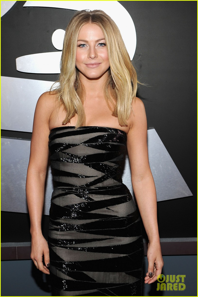 julianne hough 2012 grammy awards 022628225