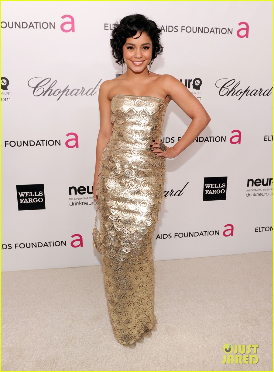 Full Sized Photo Of Vanessa Hudgens Oscar Viewing Party 01