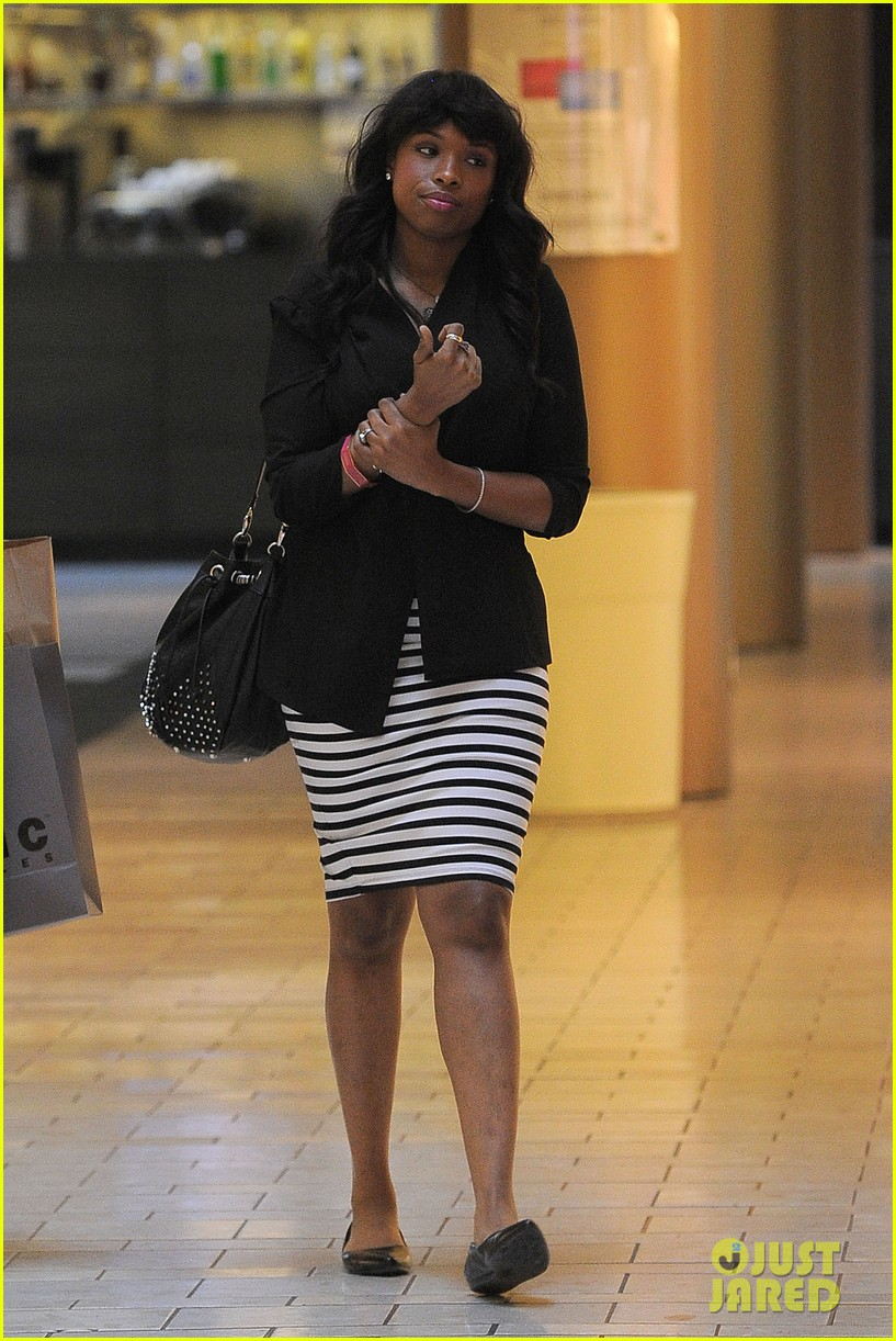 jennifer hudson shopping beverly center 03