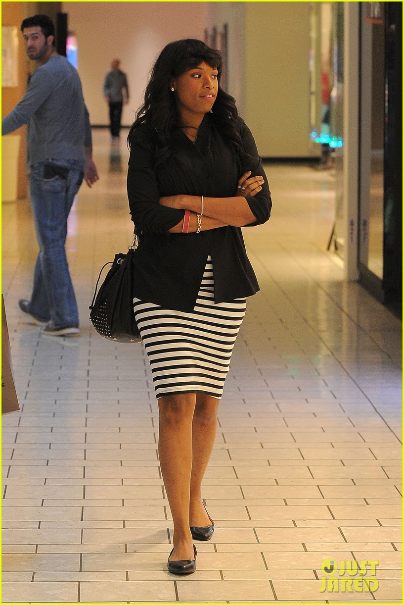 jennifer hudson shopping beverly center 12