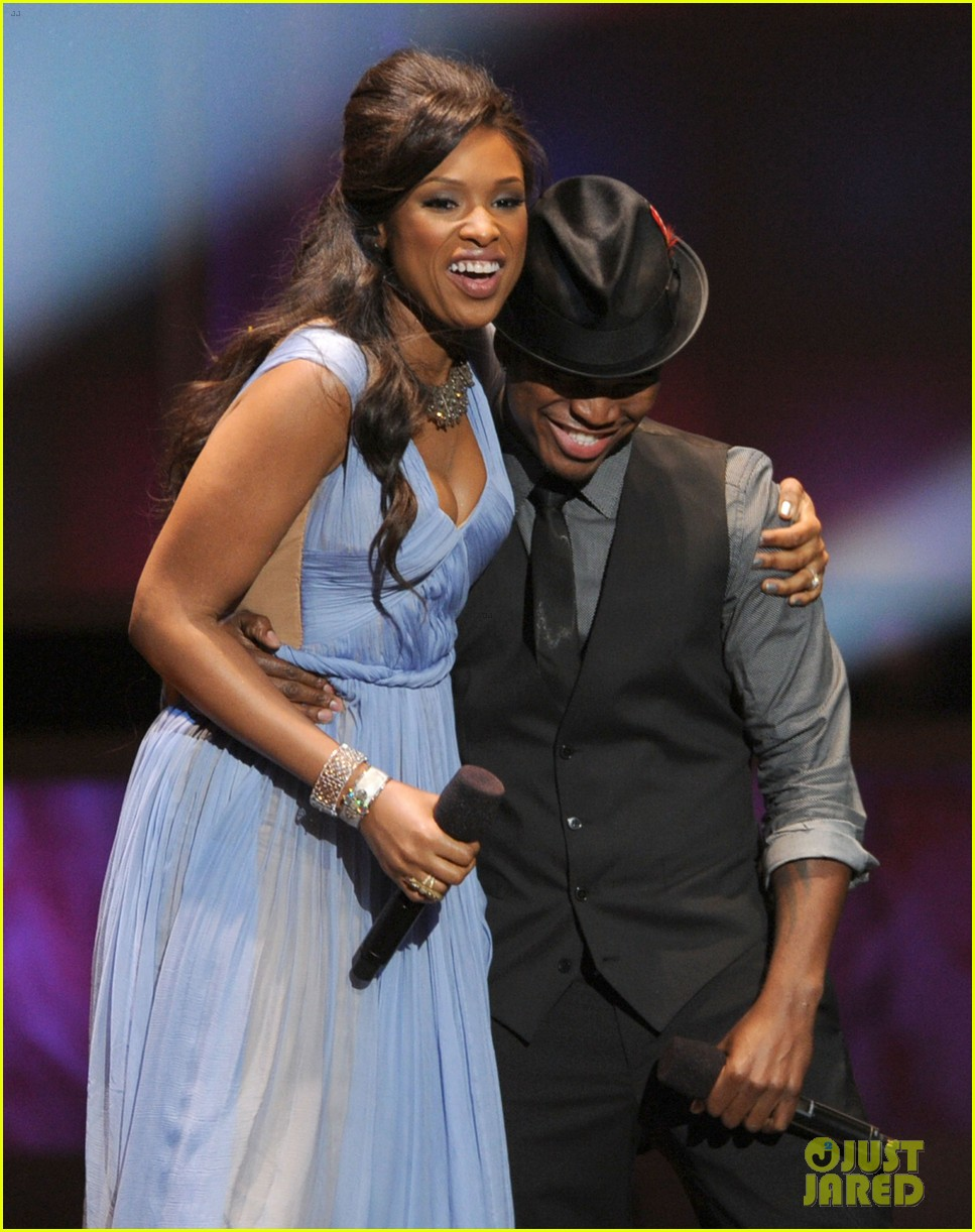 jennifer hudson naacp image awards 02