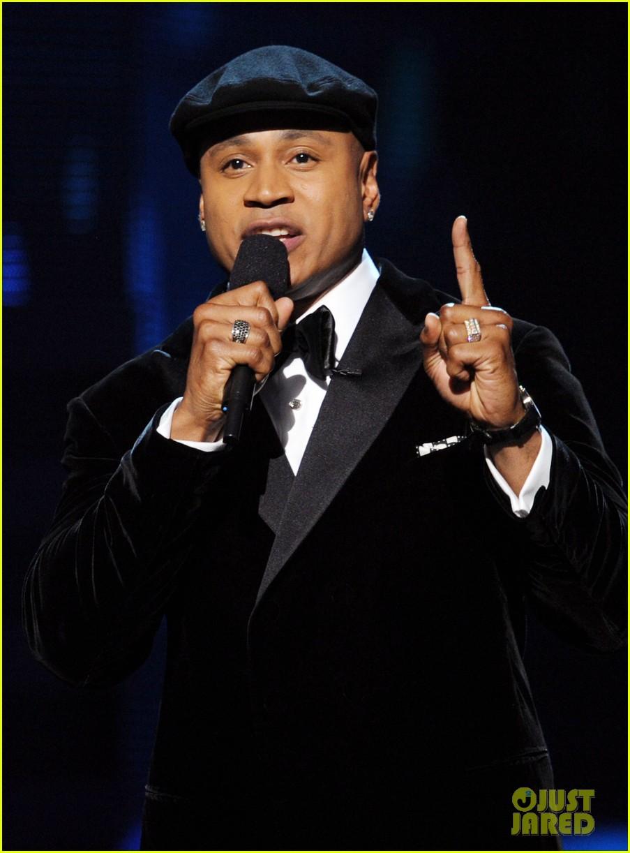 Ll Cool Prayer For Whitney Houston At Grammys 08 Js Video