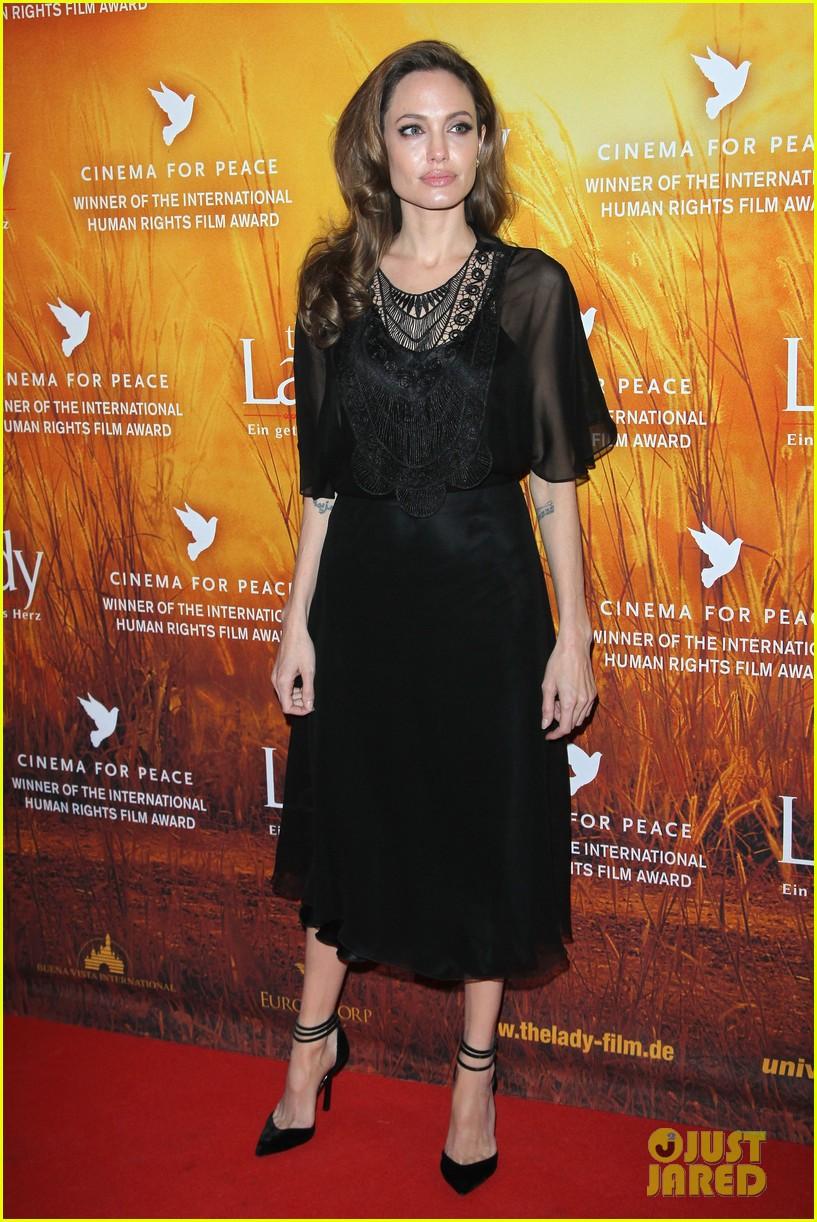 angelina jolie lady premiere berlin film festival 06