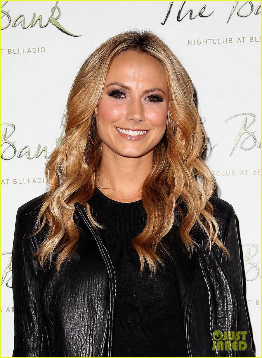 stacy keibler pre super bowl party las vegas 032625583