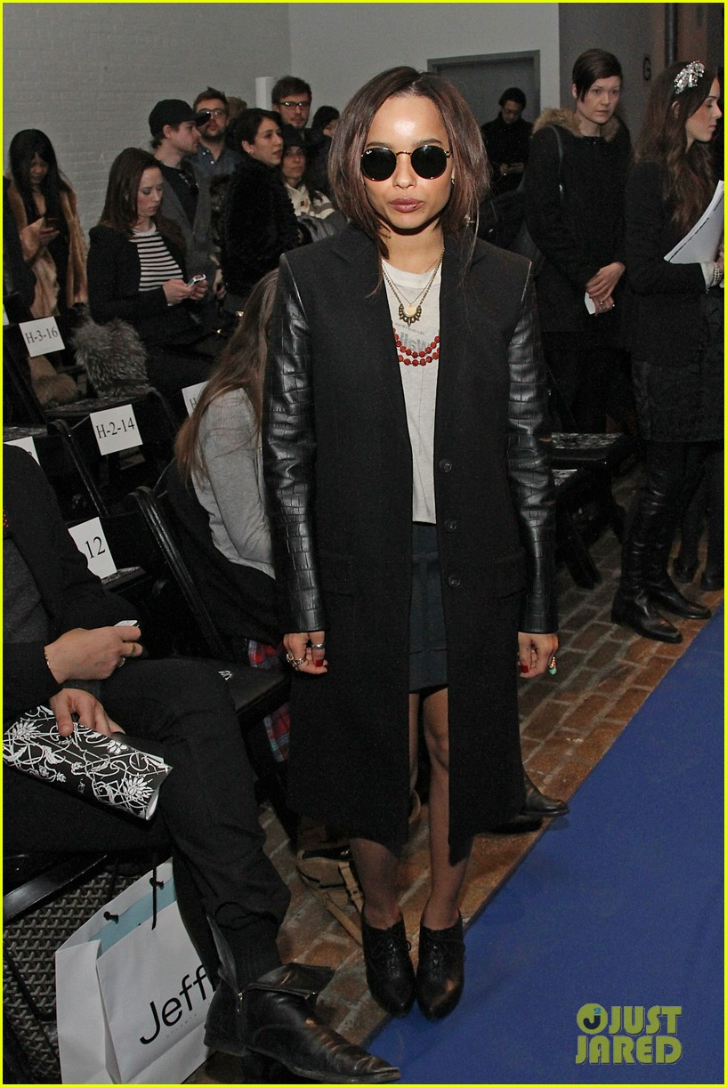 zoe kravitz fashion week friday 072627507