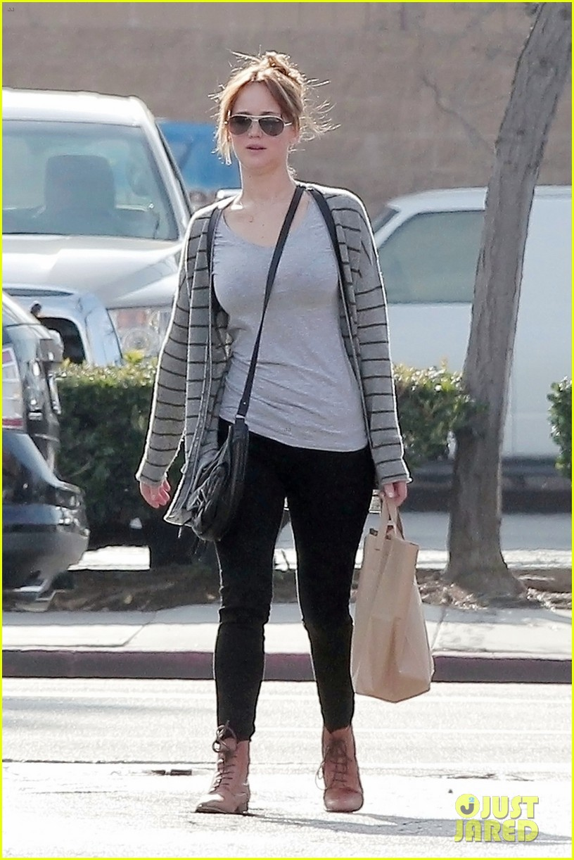 jennifer lawrence grocery 03