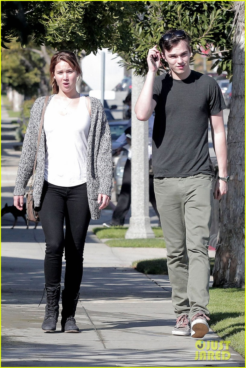 jennifer lawrence nicholas hoult out valentines day 022628965
