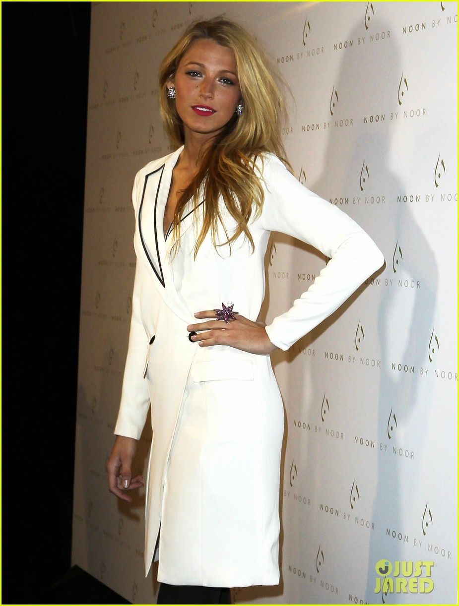 blake lively noon noor show 022629602