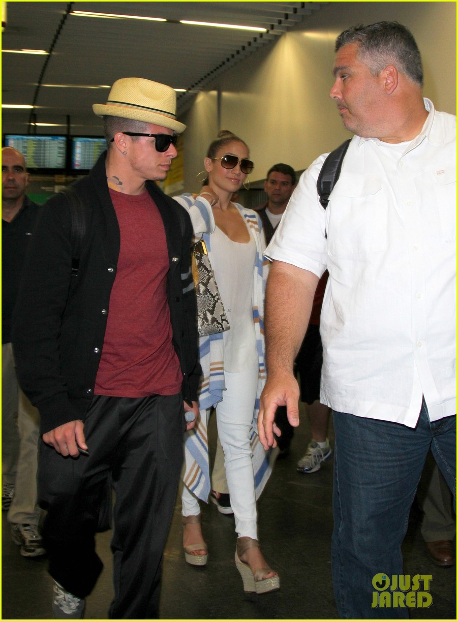 jennifer lopez casper smart rio lovers 102631350
