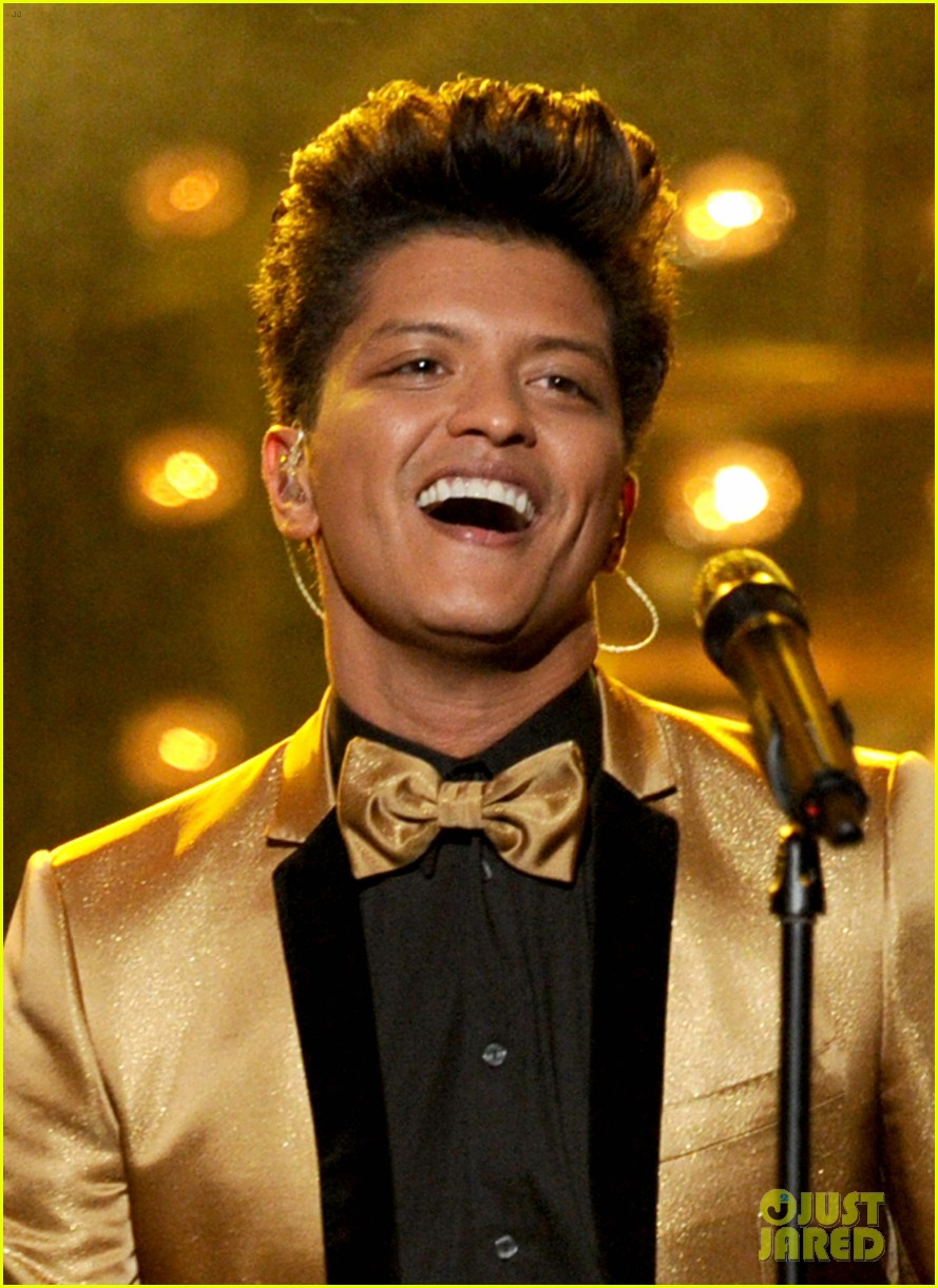 bruno mars grammys performance 2012 04
