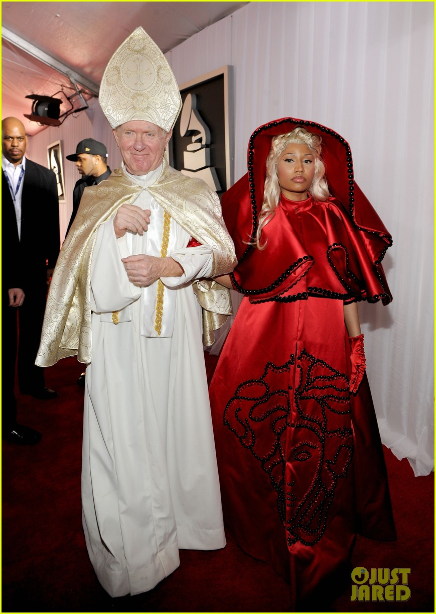 nick minaj grammy awards 2012 012628213