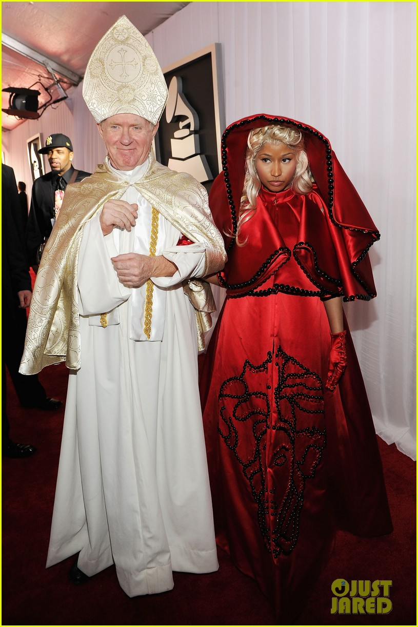 nick minaj grammy awards 2012 042628216