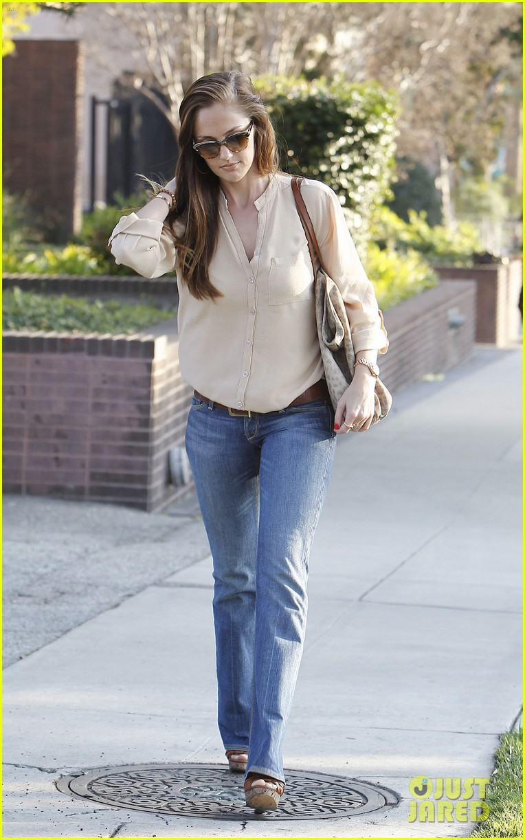 minka kelly byron tracey salon 01