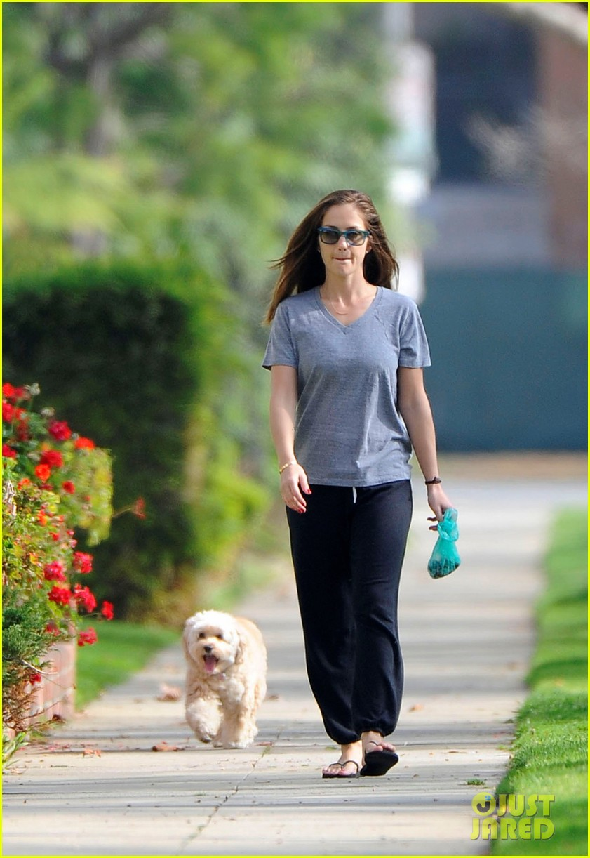 minka kelly dog 05