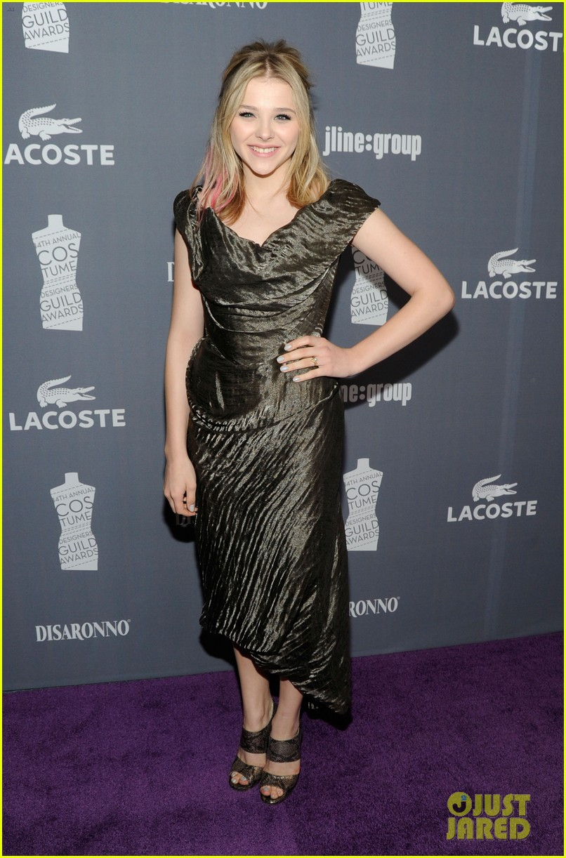 chloe moretz costume designers guild awards 01