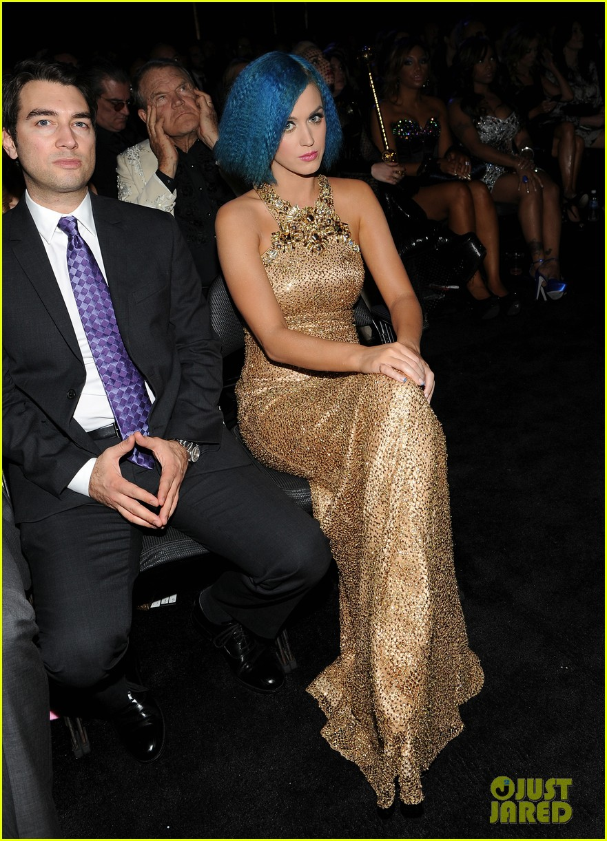 katy perry grammys golden gal 022628491