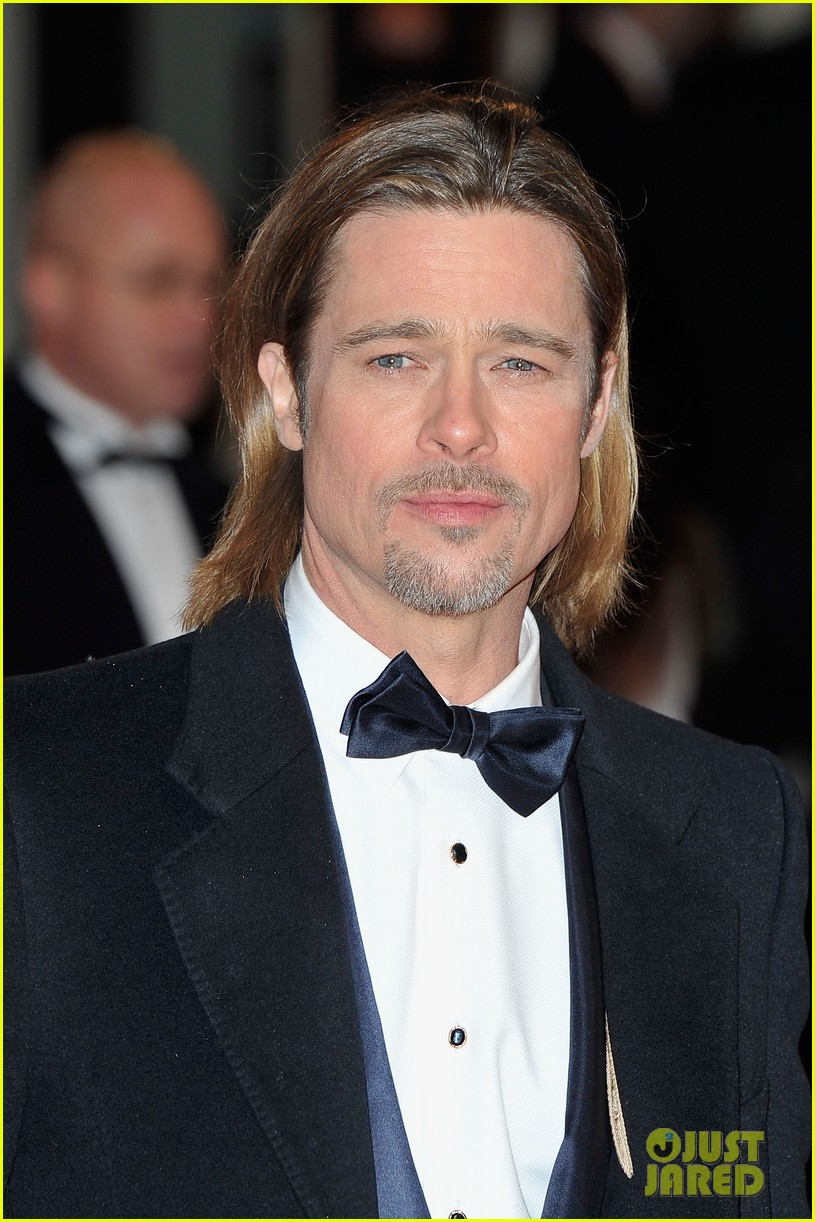 brad pitt 2012 baftas red carpet 07