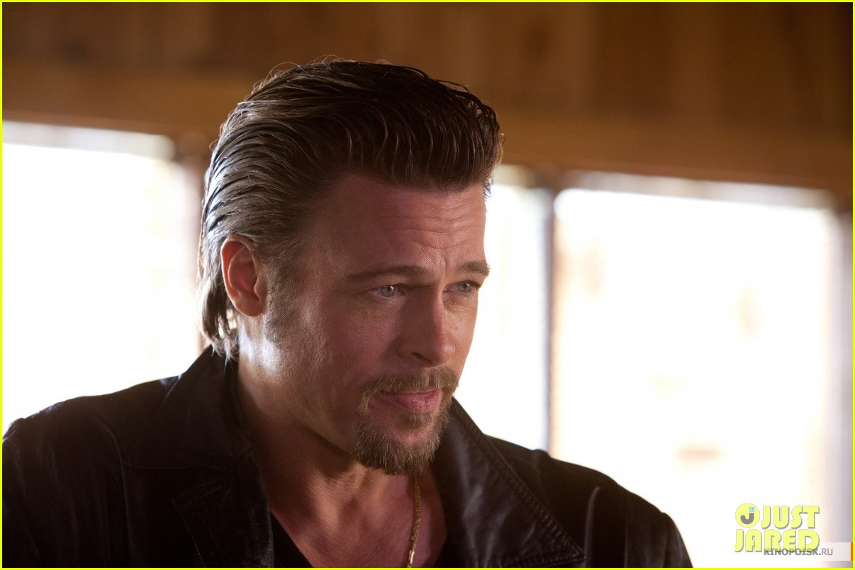 brad pitt cogans trade first look sarajevo angelina jolie 052628887