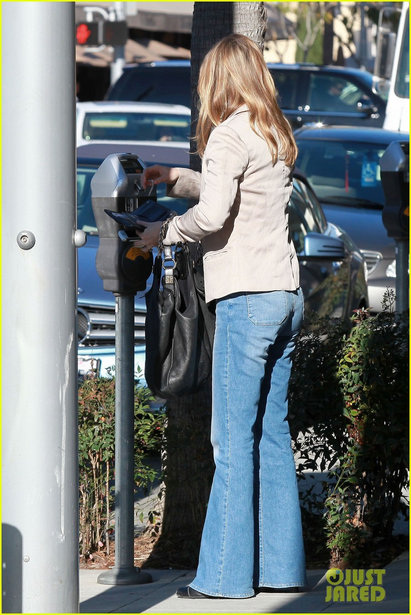 ellen pompeo office visit 03