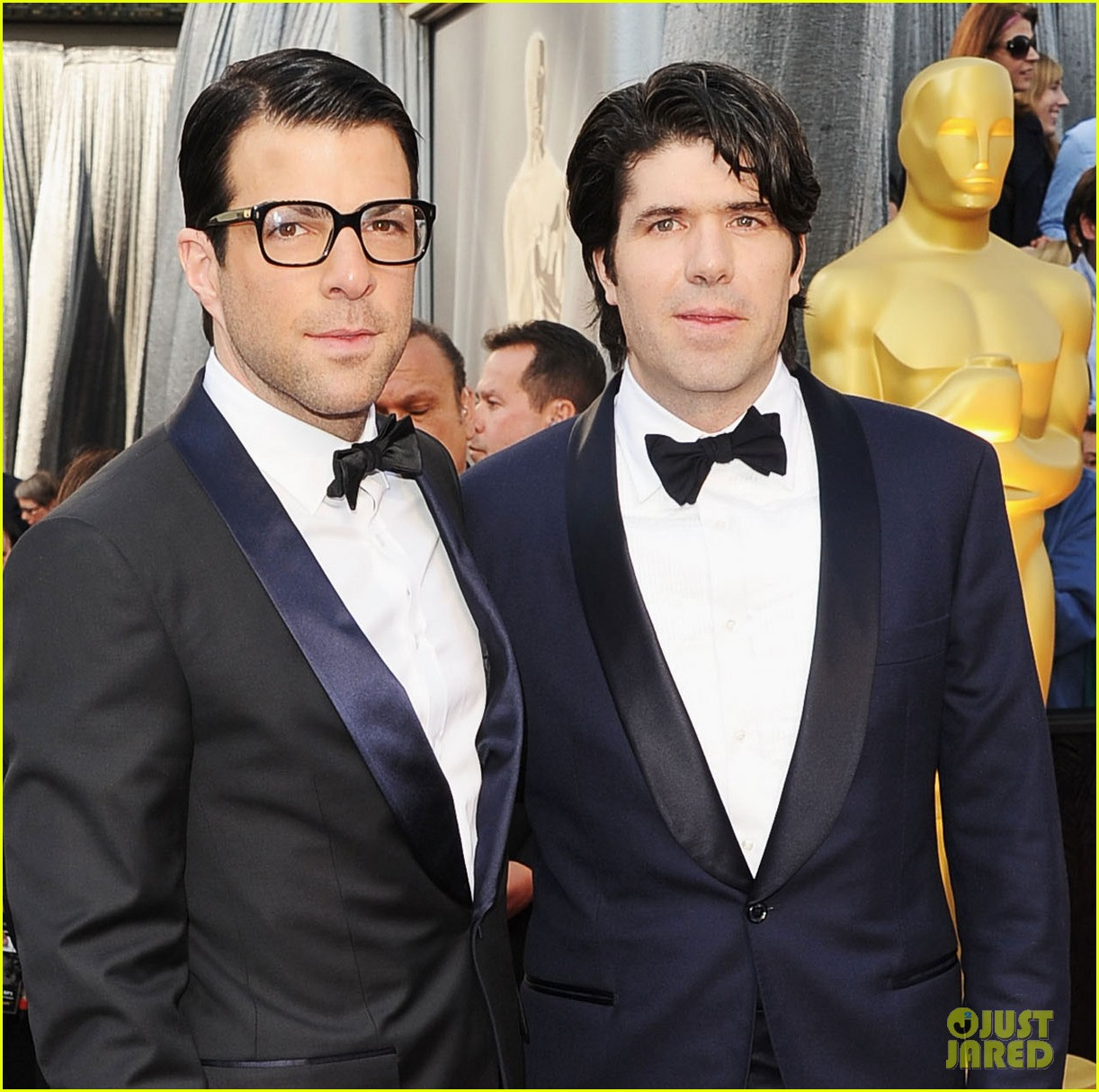 zachary quinto 2012 red carpet oscars 03