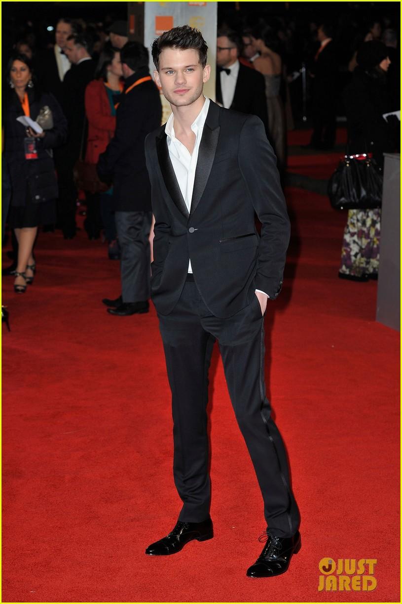 eddie redmayne bafta awards 2012 102628129