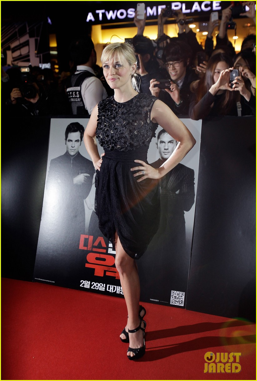 reese witherspoon this means war seoul premiere 132632161