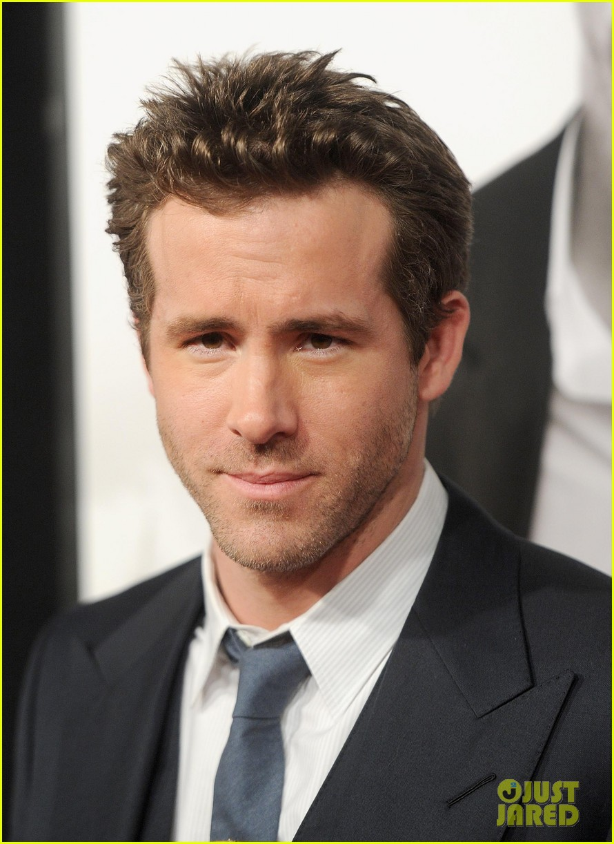 ryan reynolds denzel washington safe house premiere 092626327