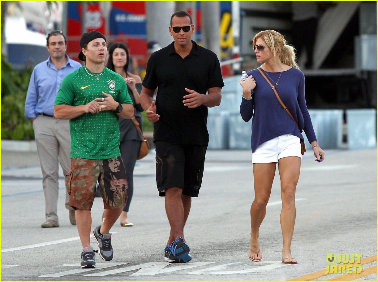 alex rodriguez torrie wilson miami friend 02