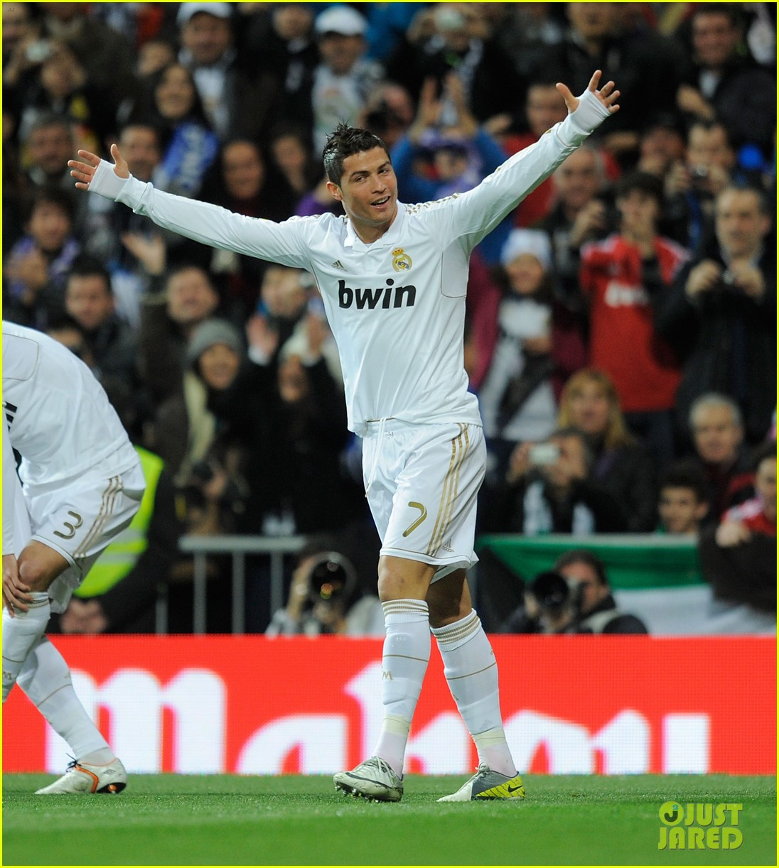 cristiano ronaldo real madrid beats racing santander 03