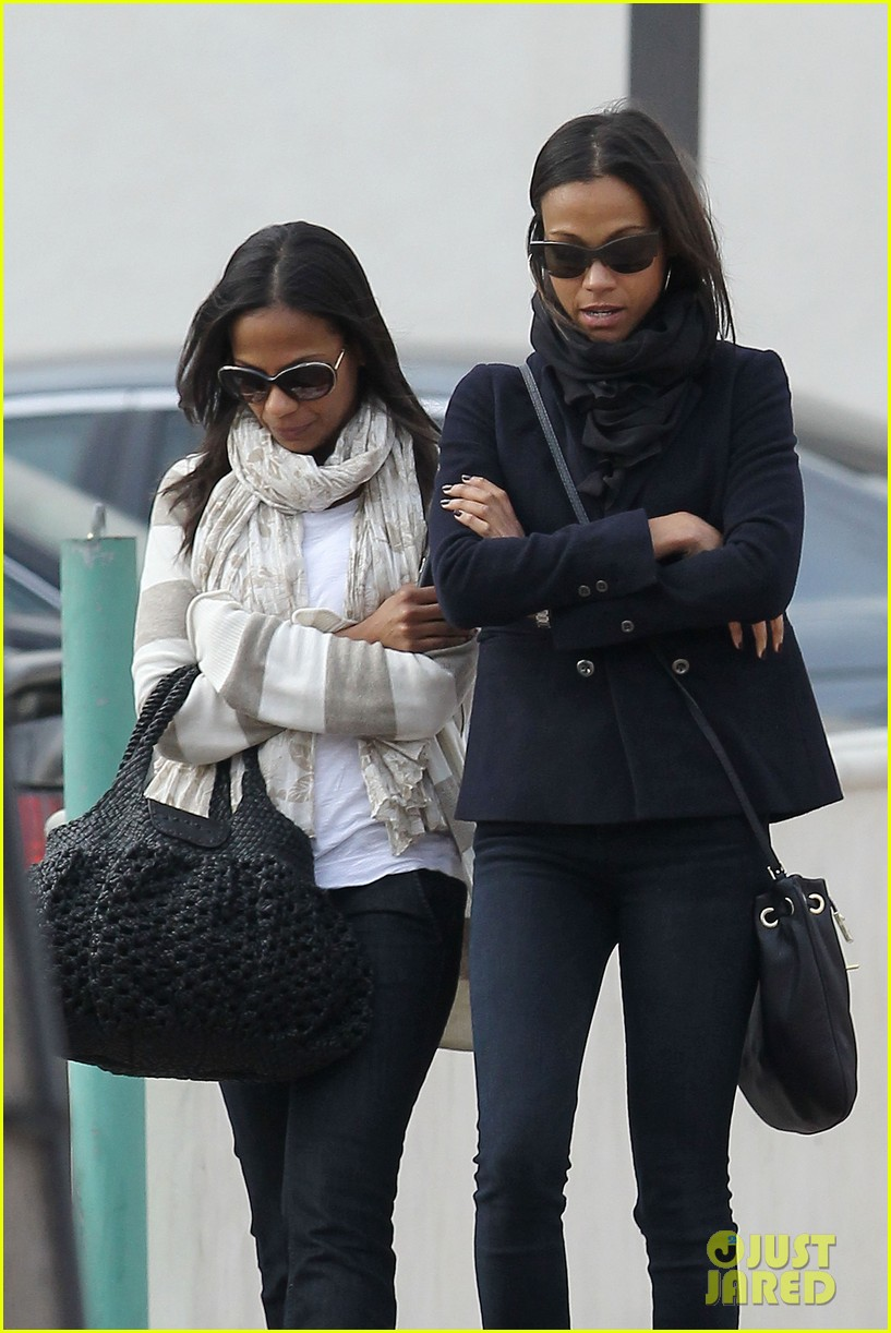 zoe saldana movies bradly coopers mom 012630923