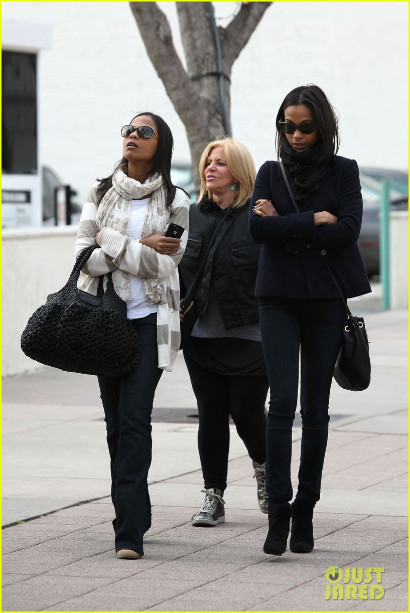 zoe saldana movies bradly coopers mom 03