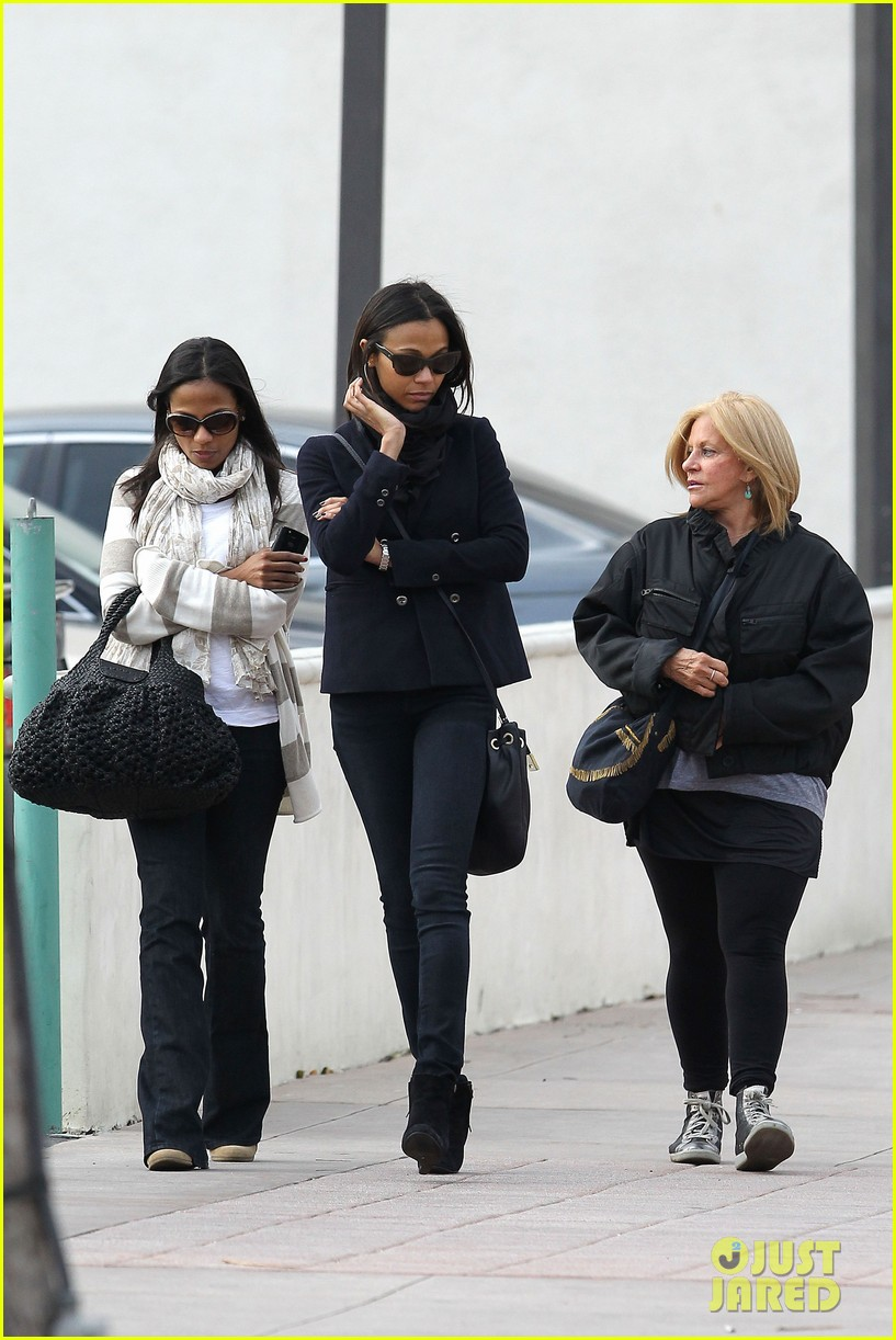 zoe saldana movies bradly coopers mom 092630931