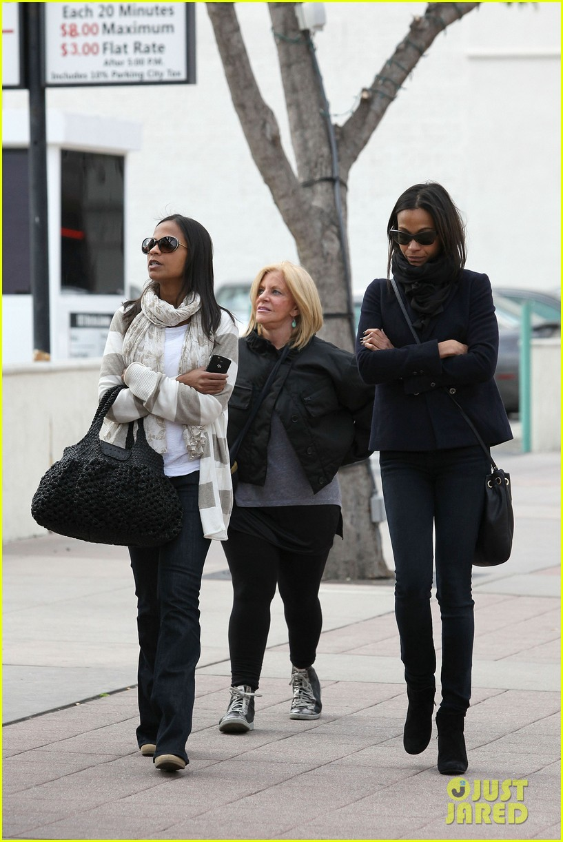 zoe saldana movies bradly coopers mom 12