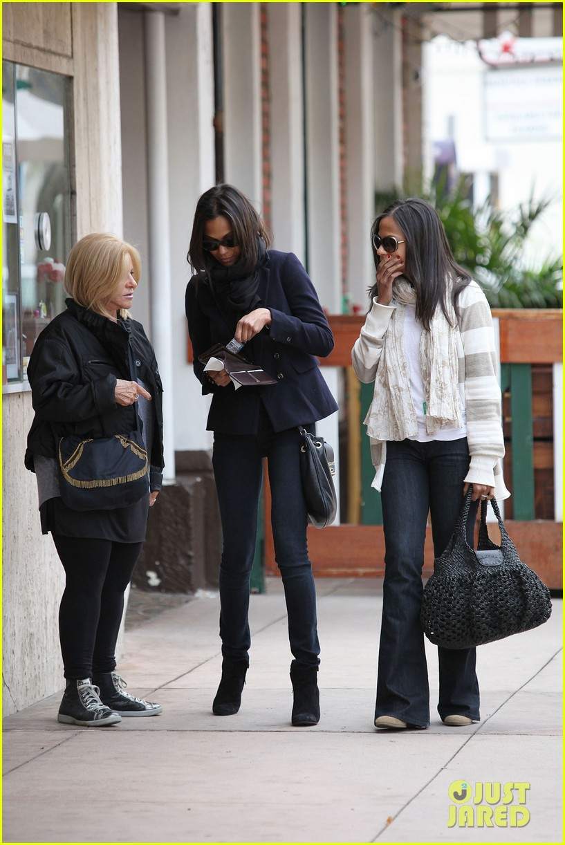 zoe saldana movies bradly coopers mom 162630938
